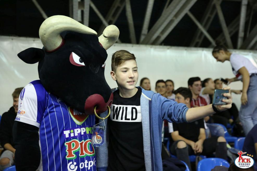 MOL-PICK Szeged - Sport36-Komló (2018.10.09.) 56