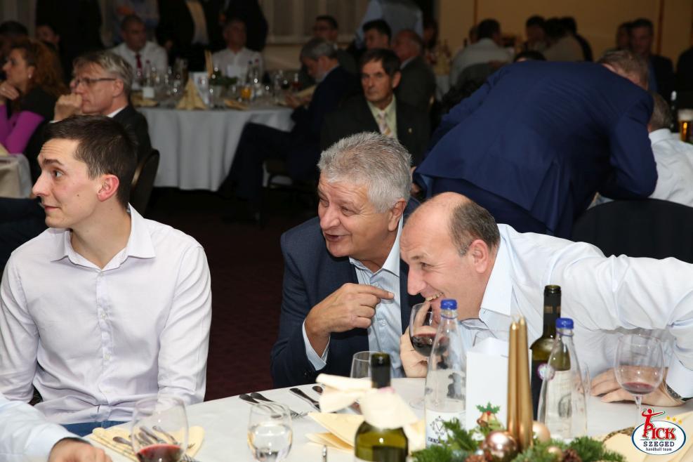 Évzáró gálavacsora támogatóinkkal (2018.12.11.) 66