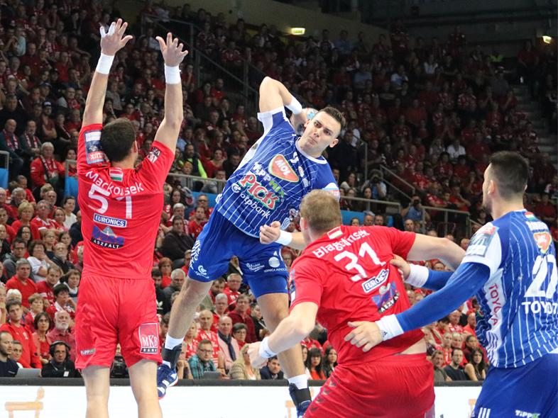 Nyertünk Veszprémben, megőriztük veretlenségünket a szezonban