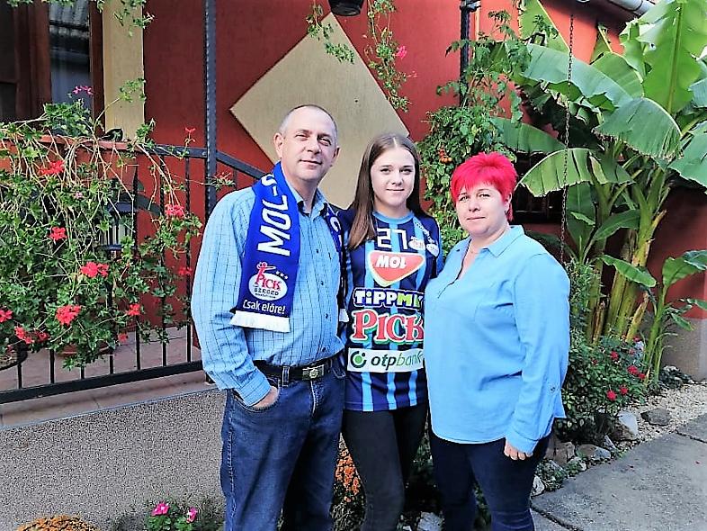 A bácsbokodi Tumbász család nyerte az első #kékek mezt
